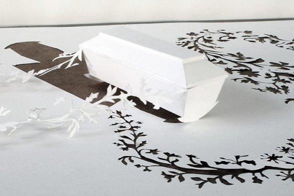 00036397 Stunning Paper Art!