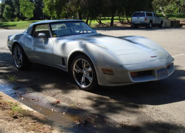 California Corvette 1980 600x432 Top 10 Slowest Sports Cars