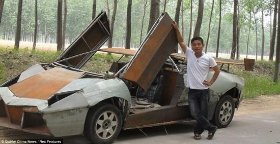 Lamborghini-Revenon-replica3-550x284