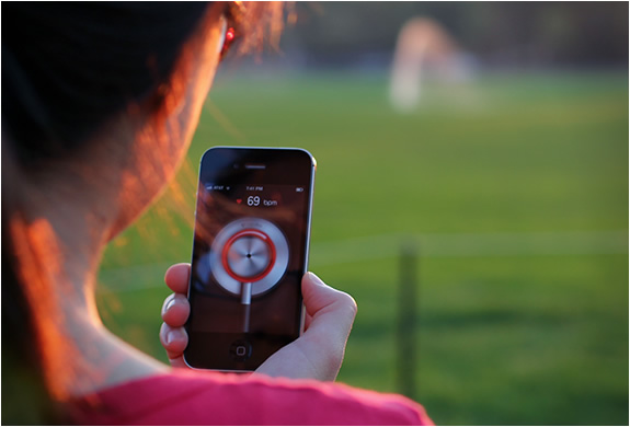 cardiio app 4 CARDIIO   A New App that Monitors the Heart Without Even Touching You