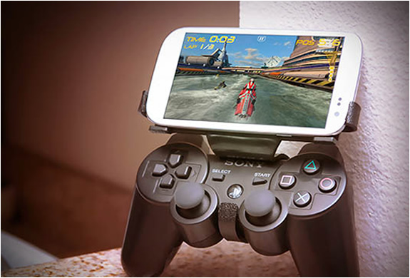 gameklip 4 Gameklip   The New Controller For Smartphone Gaming