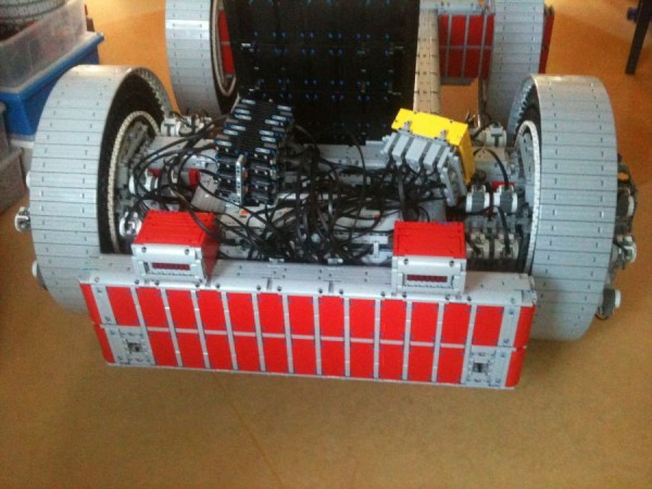 legokart4 600x450 A Working Cart Made Entirely From Lego