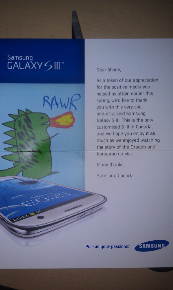 rawr 7 Samsung Canada Sent A Customized GS3 To A Long Time Fan