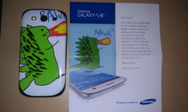 rawr 9 Samsung Canada Sent A Customized GS3 To A Long Time Fan