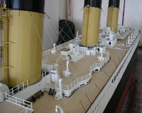 Jason King Titanic3 550x437 Man Builds An Amazing Titanic Replica From Scrap
