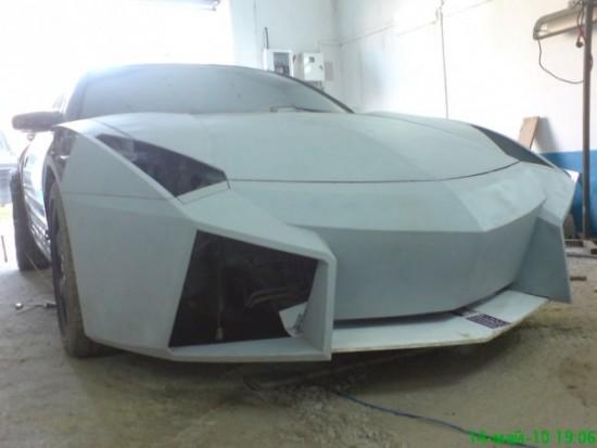 Ukrainian Lamborghini Reventon6 550x413 Ukrainian Lambo Fan Turns His Mitsubishi Eclipse Into Lamborghini Reventon