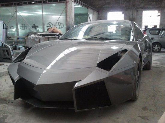 Ukrainian Lamborghini Reventon9 550x412 Ukrainian Lambo Fan Turns His Mitsubishi Eclipse Into Lamborghini Reventon
