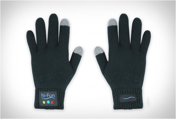hi call bluetooth talking glove 3 The Call Me Gesture Is Now A Reality