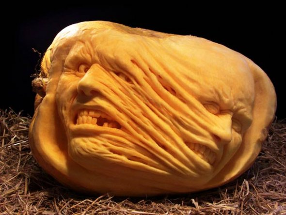 00046038 Amazing Pumpkin Art [Pictures]