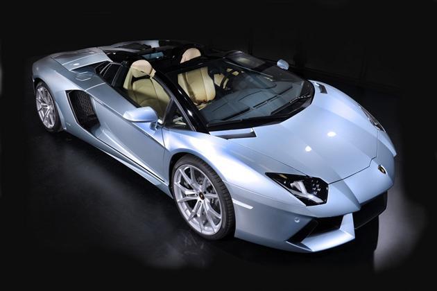 The New Lamborghini Aventador LP 700-4 Roadster