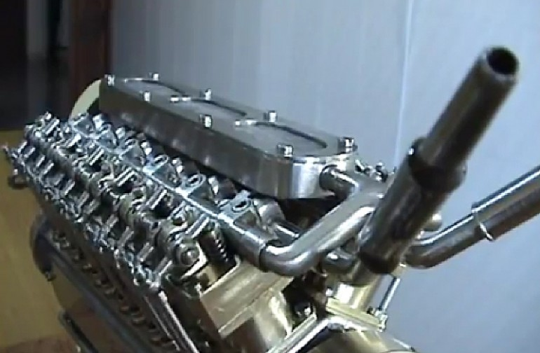 World's Smallest V-12 Engine Made By A Spanish Engineer (Video)