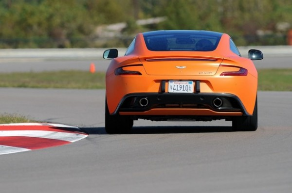 2014-Aston-Martin-Vanquish-3