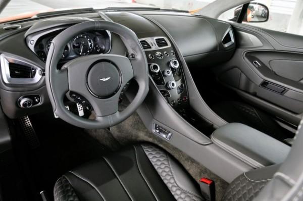 2014-Aston-Martin-Vanquish-5