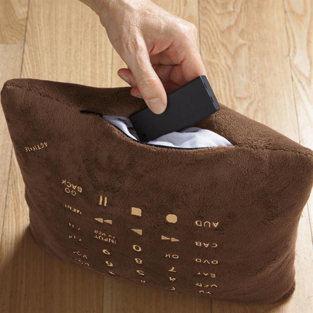 Pillow-Remote-Control-3