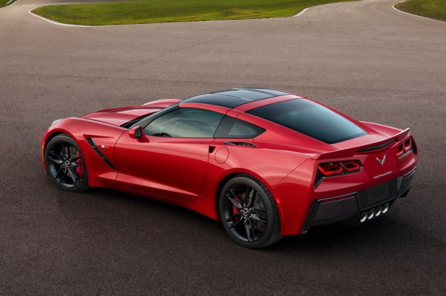 2014-Chevrolet-Corvette-Stingray-3