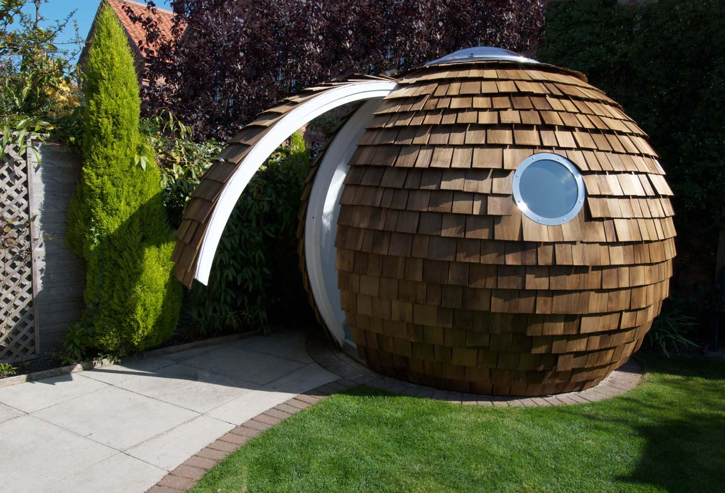 Archipod the new garden office realitypod for Garden house office