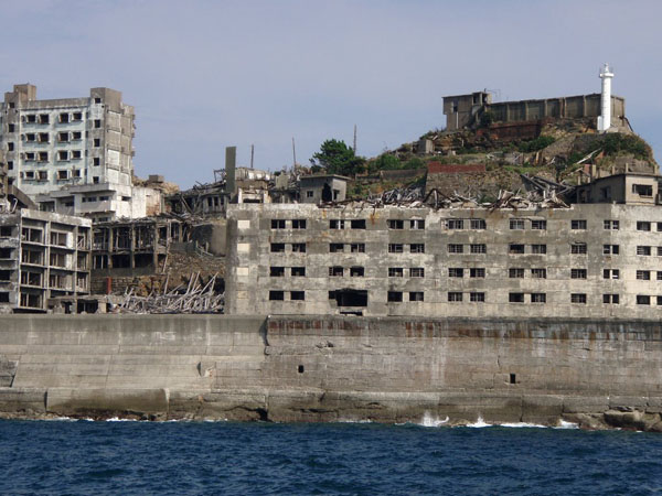 Gunkanjima Japan 4 Top 10 Amazing Abandoned Places