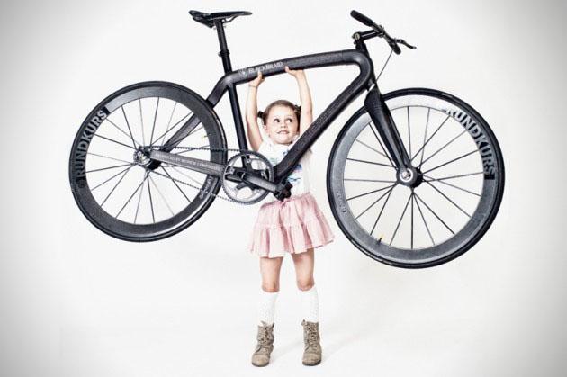 Ultra-Lightweight-Carbon-Fiber-Blackbraid-Bicycle-0