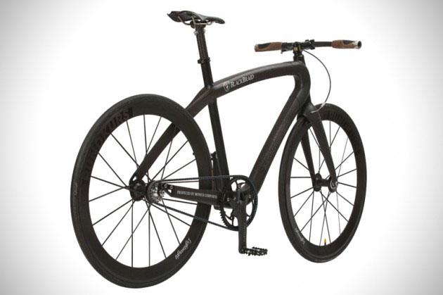 Ultra-Lightweight-Carbon-Fiber-Blackbraid-Bicycle-2