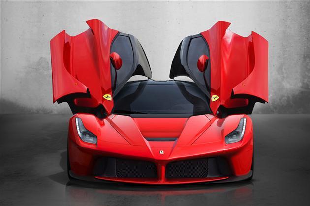 2013-Ferrari-LaFerrari-2
