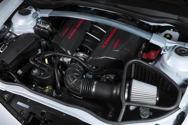 2014-Chevrolet-Camaro-Z28-7