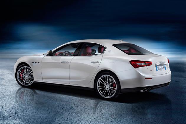 2014-Maserati-Ghibli-2