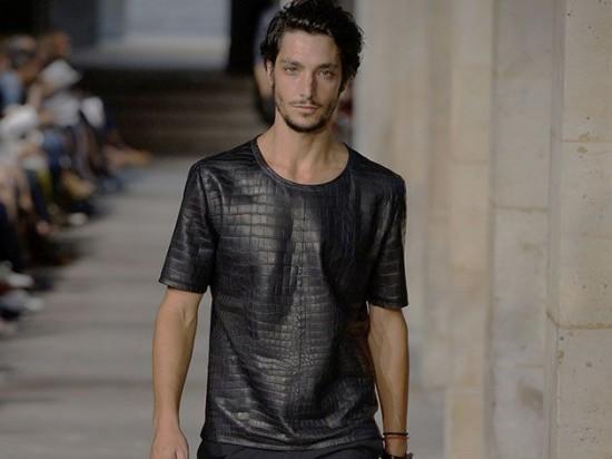 Hermes-crocodile-t-shirt-550x412