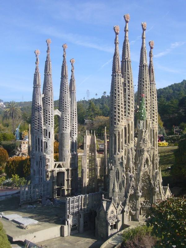 1. Sagrada Família