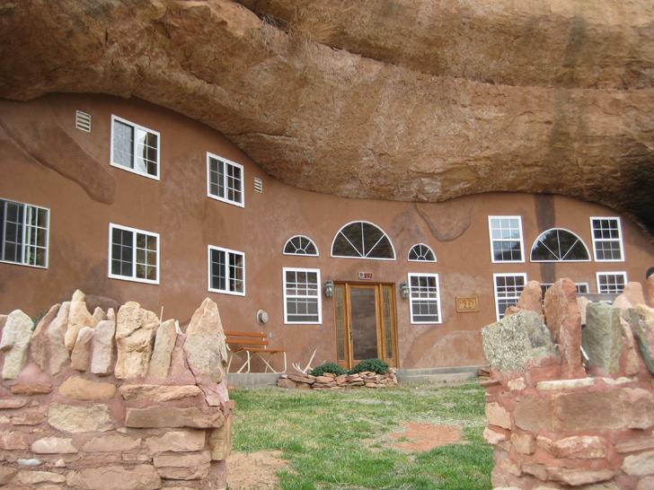 Top 10 Luxury Stone Dwellings