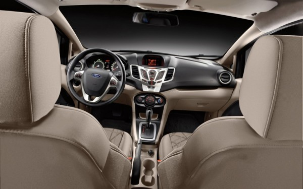 2012-Ford-Fiesta-hatchback-interior-1024x640
