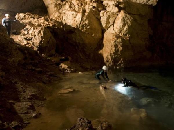 7. Phantom Cave & Peacock Springs