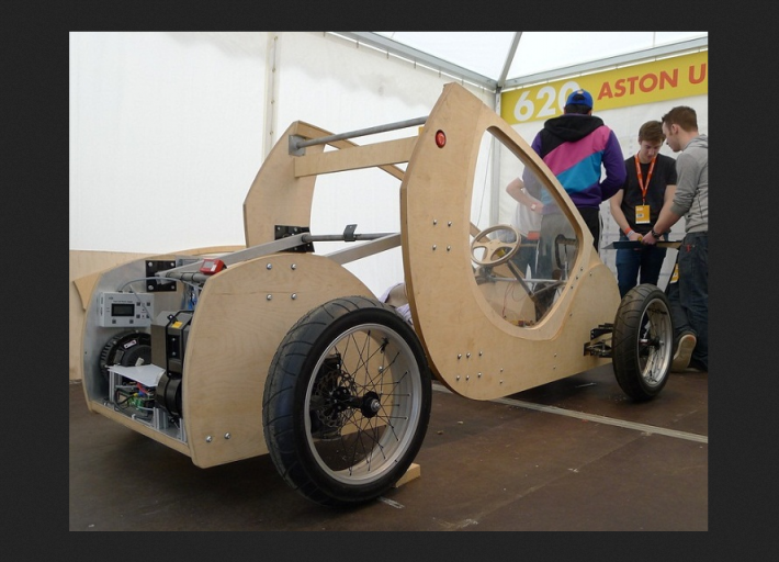 shellracer4 Meet The Hydrogen Powered Card Board Race Car