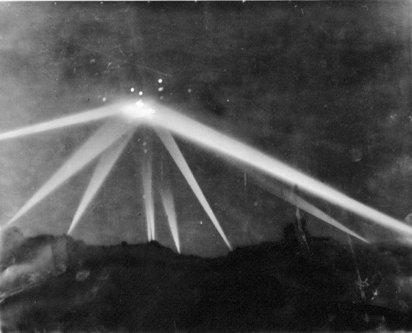 1. The Battle of Los Angeles 600x485 Mysteries (Un)explained! 10 supernatural phenomena science has not debunked