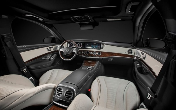 2014 Mercedes Benz S550 Interior Steering Seats Dash View 1024x640 600x375 2014 Mercedes S Class: a car that drives itself (almost)