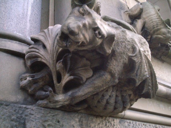 5. Beckenham Gargoyle 600x450 Mysteries (Un)explained! 10 supernatural phenomena science has not debunked