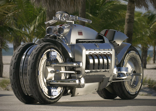 Dodge Tomahawk 3 The worlds fastest bike is definitely not for amateurs
