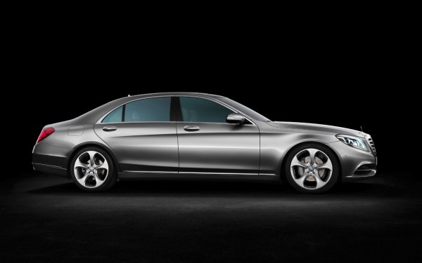 mercedes benz s550 2014 11673 hd wallpapers 600x375 2014 Mercedes S Class: a car that drives itself (almost)
