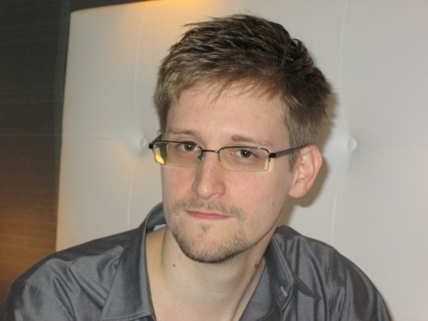 snowden 600x450 Edward Snowdens email provider shuts down to avoid handing over private information