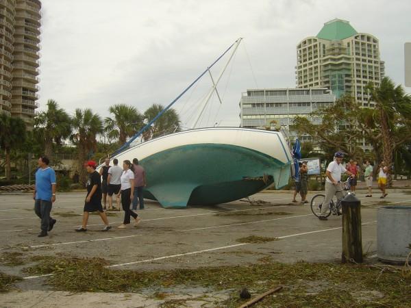 Hurricane-Wilma--2005--miami-622031_1920_1440