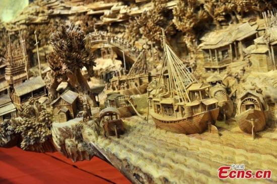 longest-wood-carving5-550x365