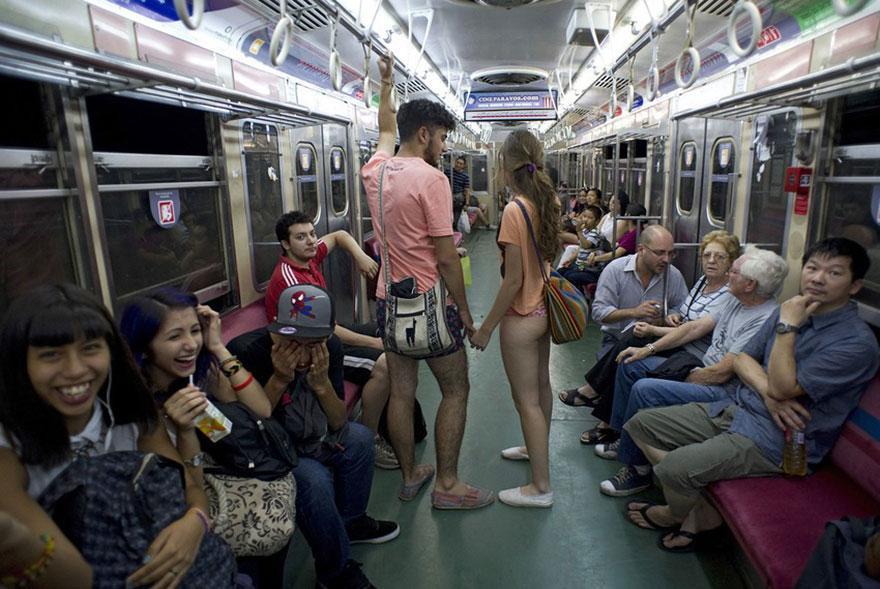 no-pants-subway-ride-2014-1