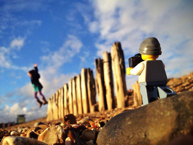 3026935-slide-s-15-everything-about-these-iphone-pictures-of-a-lego-lensman-taking-pictures-is-awesome