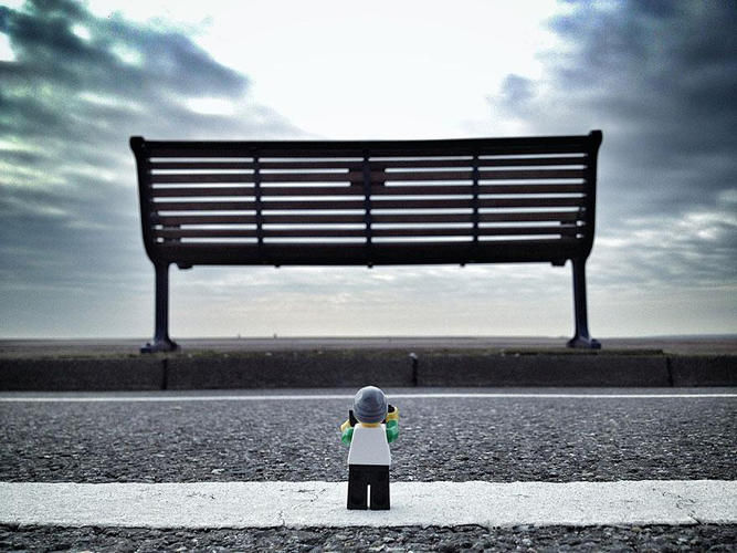 3026935-slide-s-18-everything-about-these-iphone-pictures-of-a-lego-lensman-taking-pictures-is-awesome