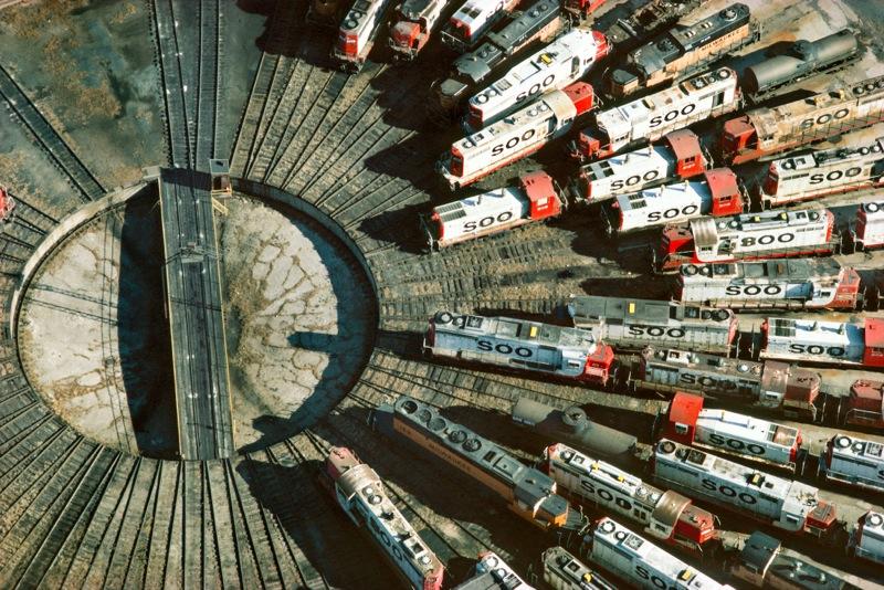 RAILROAD-TURNTABLE-MINNEAPOLIS-MINNESOTA-USA-1985-1-C34295