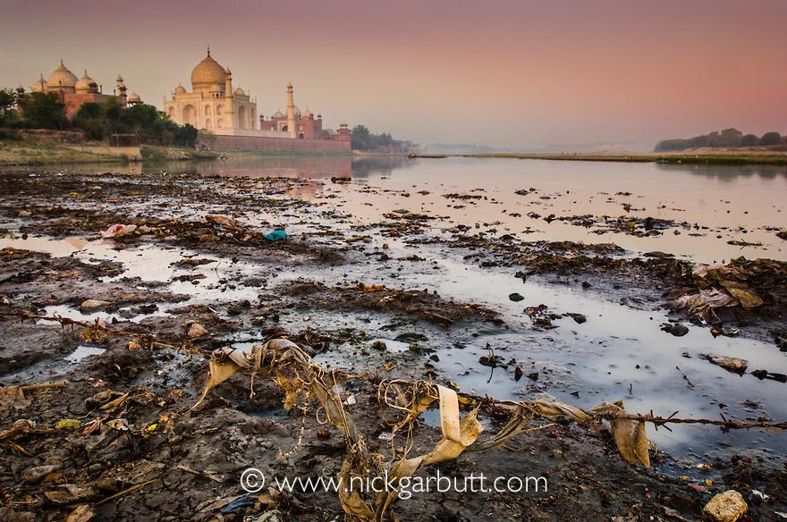 Rubbish behind Taj Mahal