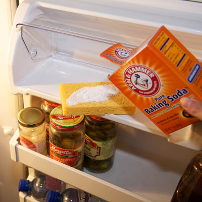 Baking soda fridge