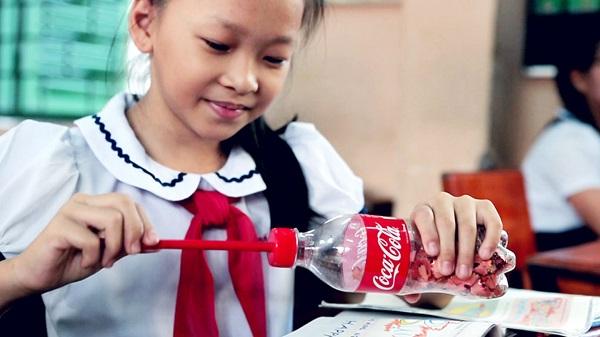 Coke-2nd-Lives-11