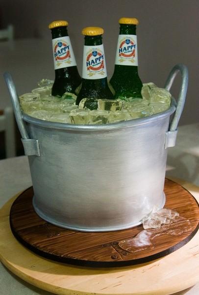 beer bucket cake1