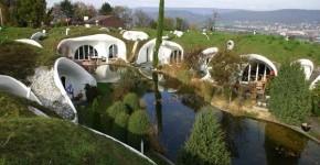 6 Amazing Underground Homes