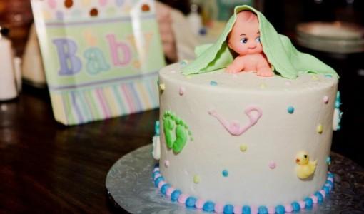 gender-reveal-cook-cake3-700x466